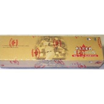2001 Fleer Tradition Baseball Factory Set (Box)