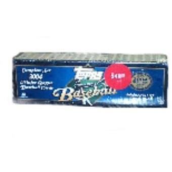 2004 Topps Baseball Retail Factory Set (Box) (Blue)