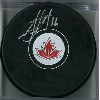 Jonathan Toews Autographed Team Canada Hockey Puck (Fanatics COA)