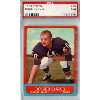 1963 Topps Football #65 Roger Davis PSA 7 (NM) *2646 (Reed Buy)