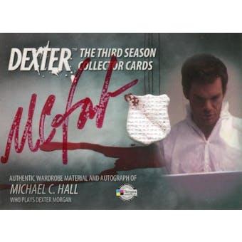 Michael C. Hall 2010 Breygent Dexter Season 3 #D3AC-MCH Dexter Morgan Worn Material (Reed Buy)