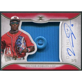 2018 Topps Definitive Collection #ARCVR Victor Robles Red Rookie Jersey Button Auto #1/1