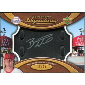 2007 Upper Deck Sweet Spot Signatures Black Glove Leather Silver Ink #BW Brandon Wood /25