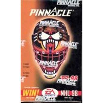 1997/98 Pinnacle Hockey Canadian 36 Pack Box