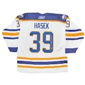 Dominik Hasek Autographed Buffalo Sabres Large White Hockey Jersey Reebok