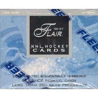 1996/97 Fleer Flair Hockey Hobby Box